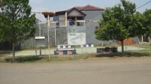 Lapangan olahraga di Taman Krakatau