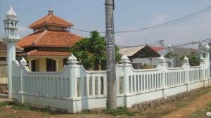 Masjid Al-Farouq (tampak sudut kiri depan)